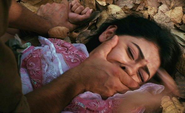 10 yaşlı bacısı qızına qarşı dayıdan iyrənc hərəkət - FOTO