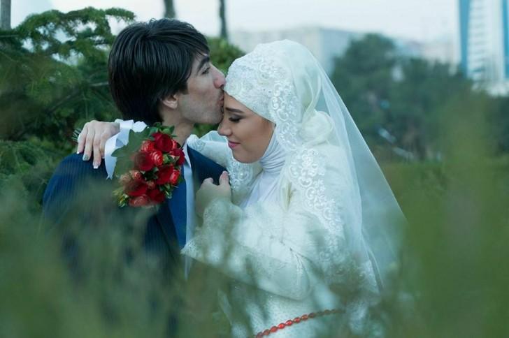 """Xoşqədəm evli cütlüyü yenidən """"evləndirir""""-"""