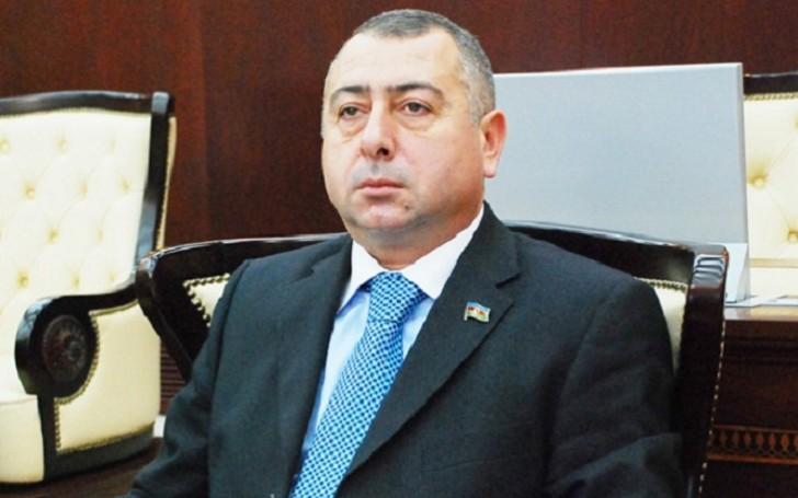 Rafael Cəbrayılov iş xanımının borcunu qaytarmır-