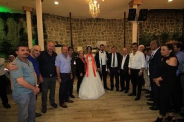 AKP Trabzon təşkilatının sədri Azərbaycandan gəlin apardı