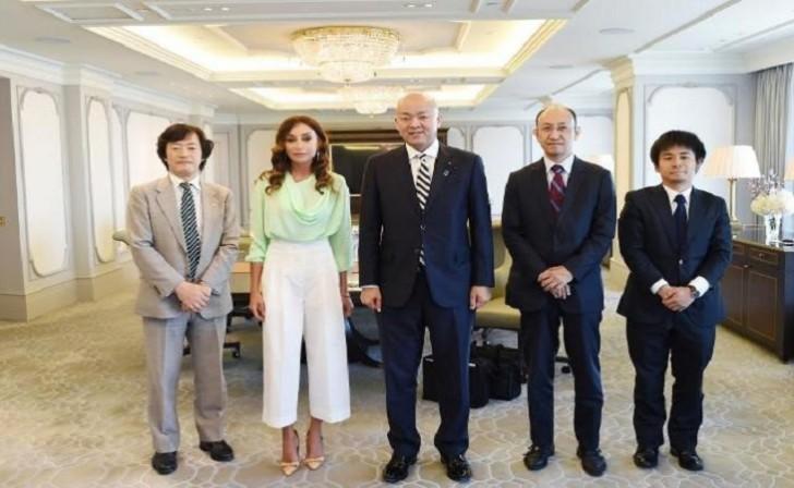 Mehriban Əliyeva Yaponiyanın xarici işlər nazirinin müavini ilə görüşdü