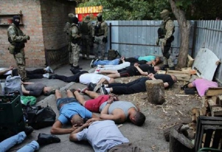 "Ukrayna polisi oğru ""sxodka""sını dağıtdı:"