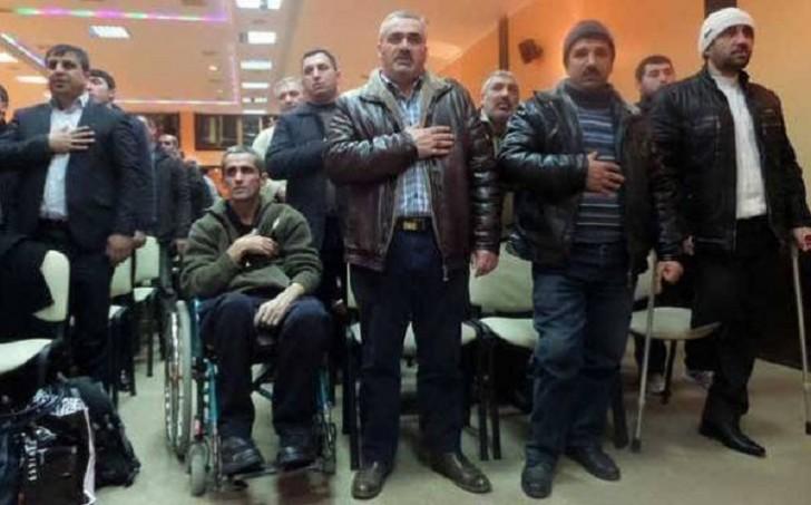 Sumqayıt İH rəhbərliyi Qarabağ qazilərini aksiyaya məcbur etdi-VİDEO