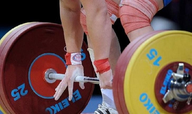 Ağır atletlərimiz beynəlxalq yarışlardan kənarlaşdırılıb