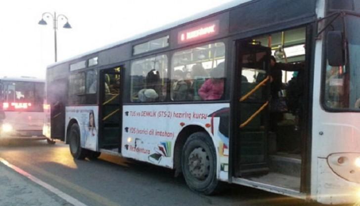 Bakıda avtobus piyadanı vurub
