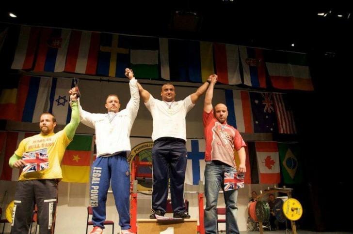 Dünya rekordçusu Mustafa Əhmədov