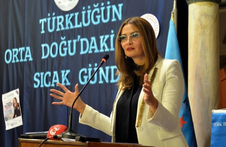 """Qənirə Paşayeva Türkiyədə """"Ortadoğuda Türklüyün sıcak gündemi""""adlı konfrans verib-"""