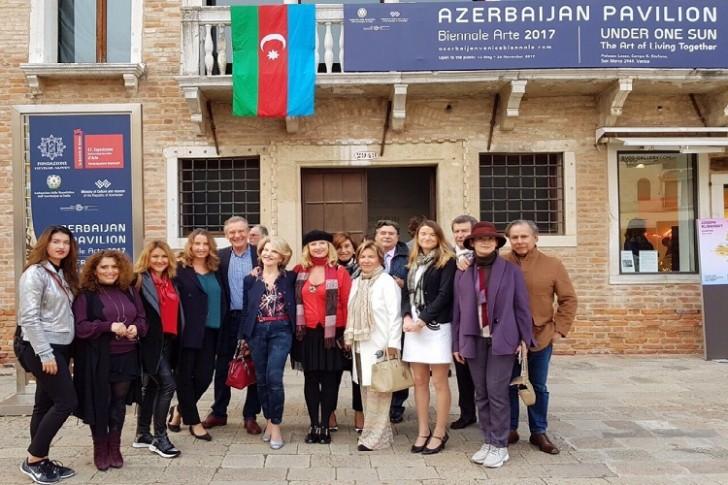 Azərbaycann Dostları Assosiasoyası Venesiya Bienalında Azərbaycan pavilyonunu ziyarət edib