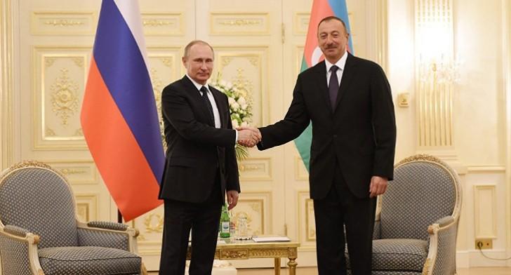 İlham Əliyev Tehranda Putinlə görüşdü