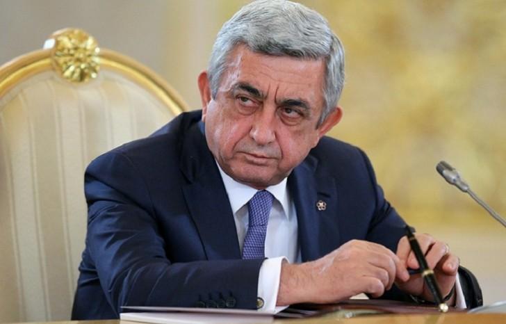 Sarkisyan Putinin dəvətilə Rusiyaya gedir