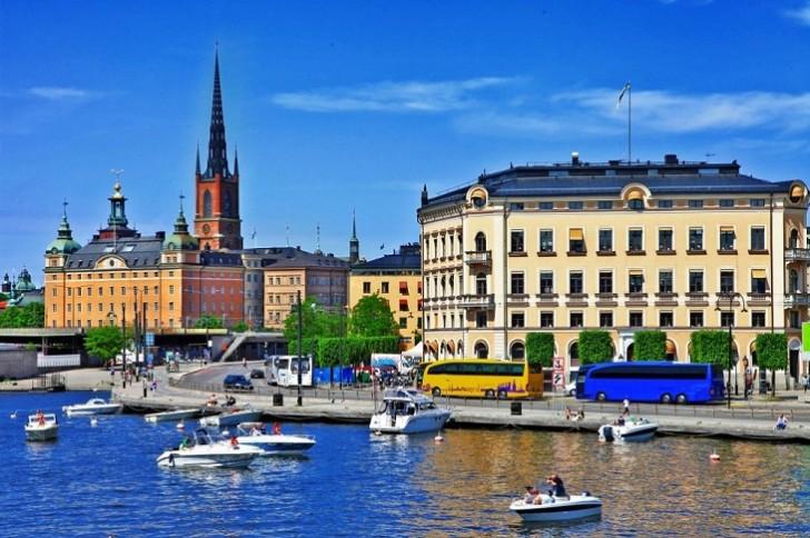 Stokholmda atışma olub, ölən var
