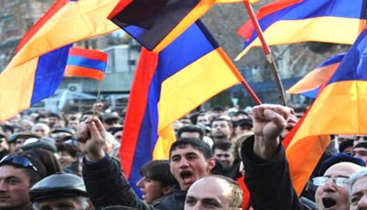 Ermənistanı etiraz aksiyaları bürüyür!