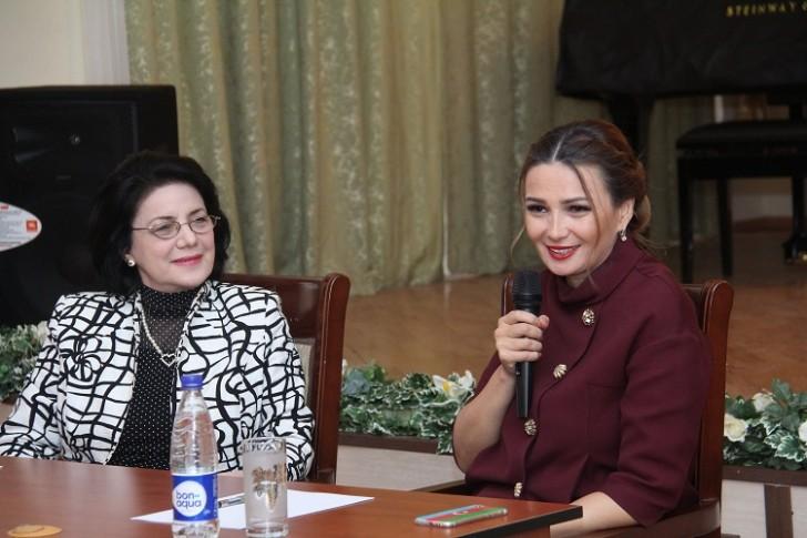 Bəstəkarlar İttifaqında Qənirə Paşayeva ilə görüş keçirilib-