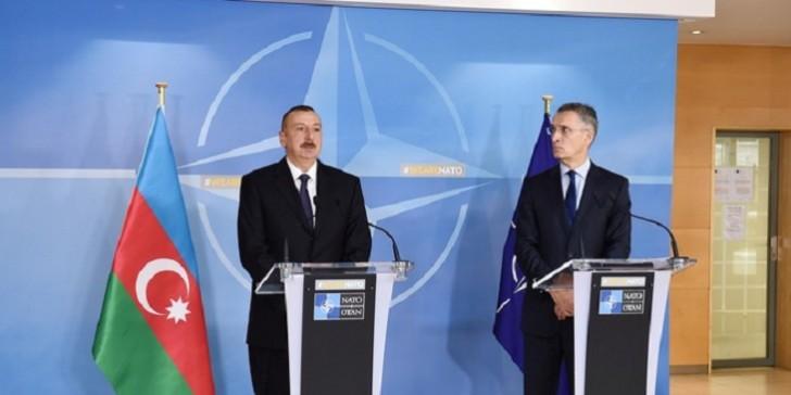 İlham Əliyev NATO baş katibini Azərbaycana dəvət etdi