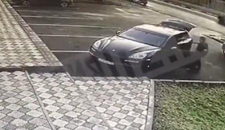 """Rusiyada meyiti """"Porsche""""də tapılan azərbaycanlını həmyerlisi olan işçisi öldürüb-"""