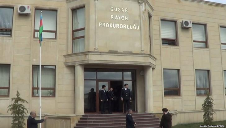Qusarda analığı 17 yaşlı oğlanı döyüb öldürdü