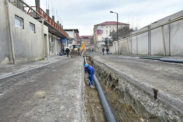 Davudoğlu küçəsinə yeni magistral su xətti çəkilir