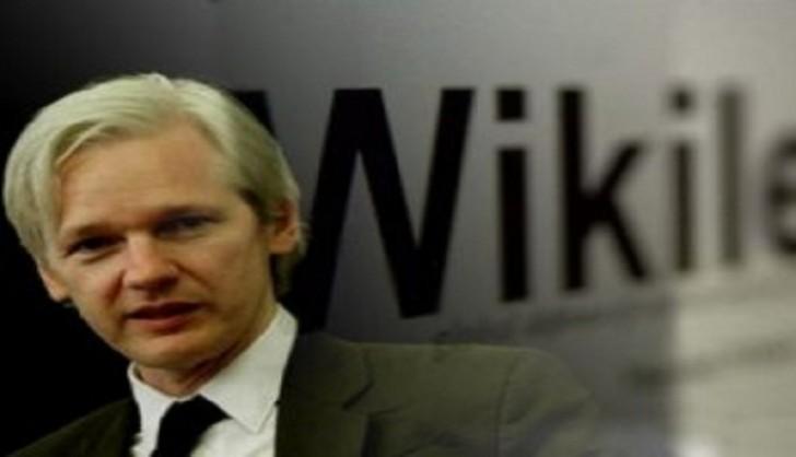 """""""WikiLeaks""""in qurucusu müəmmalı mesaj yolladı"""