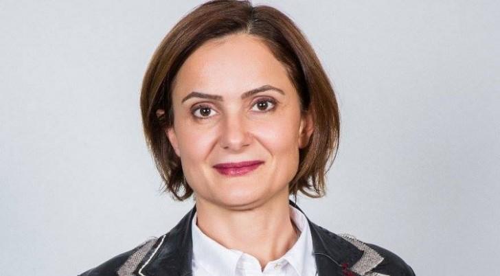 CHP ermənipərəst qadını partiyada sədr seçdi