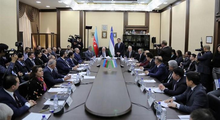 Daşkənddə Özbəkistan-Azərbaycan biznes forumu keçirilib-
