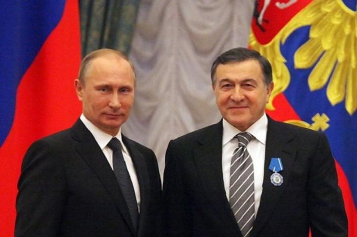 Putinin əsas rəqibinin uğurunun səbəbkarı Araz Ağalarov imiş