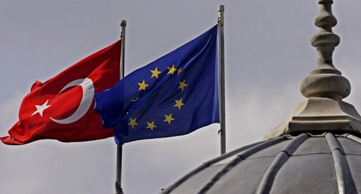Avropa Türkiyəyə üç milyard avro yardım ayırdı