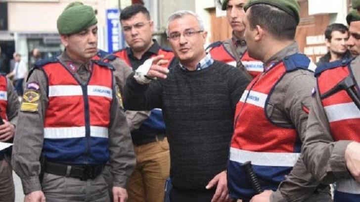 Polis zabitini ürəyindən vurdu: