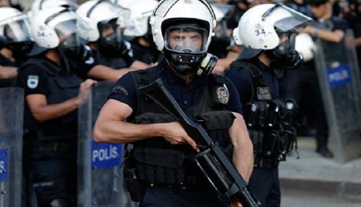 İstanbulun mərkəzində hoteldə atışma-