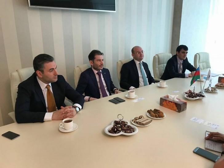 AZTA sədri Rusiyanın Azərbaycandakı ticarət nümayəndəsini qəbul edib