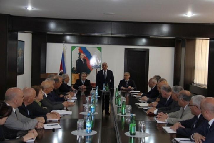 Muxtar Babayev prinsiplərini açıqladı: