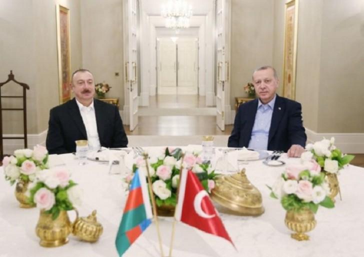 Azərbaycan və Türkiyə prezidentləri birgə şam ediblər