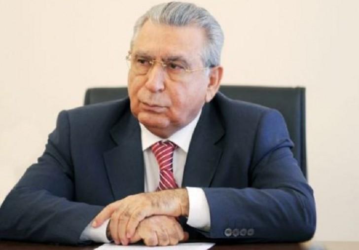 Ramiz Mehdiyev destruktiv fəaliyyətə qarşı bütün səyləri birləşdirməyə çağırdı