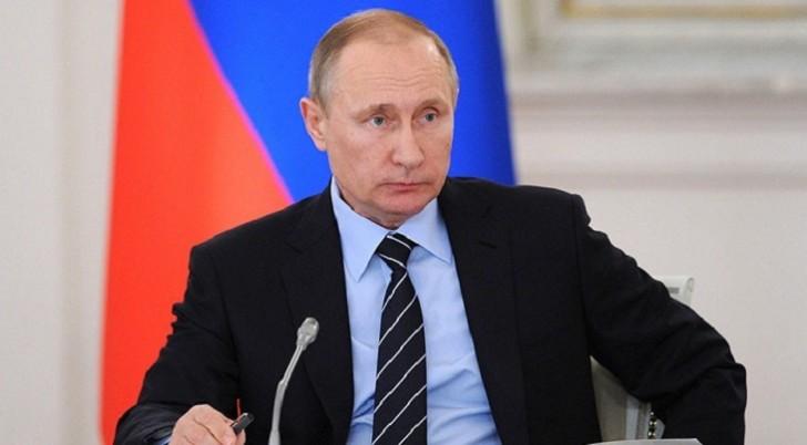 Putin Nazarbayevlə Ermənistandakı vəziyyəti müzakirə etdi