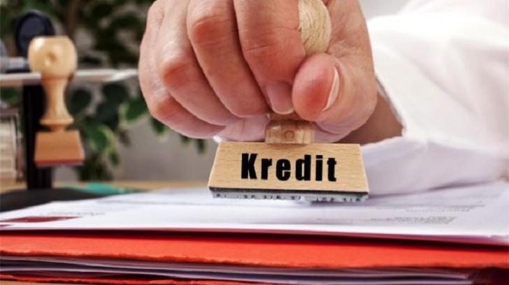 Bankların verdiyi kreditlər kəskin azalıb