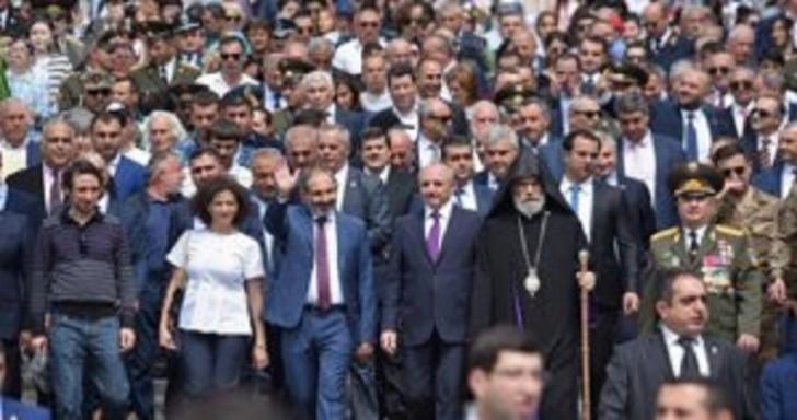 Paşinyan Qarabağdadır