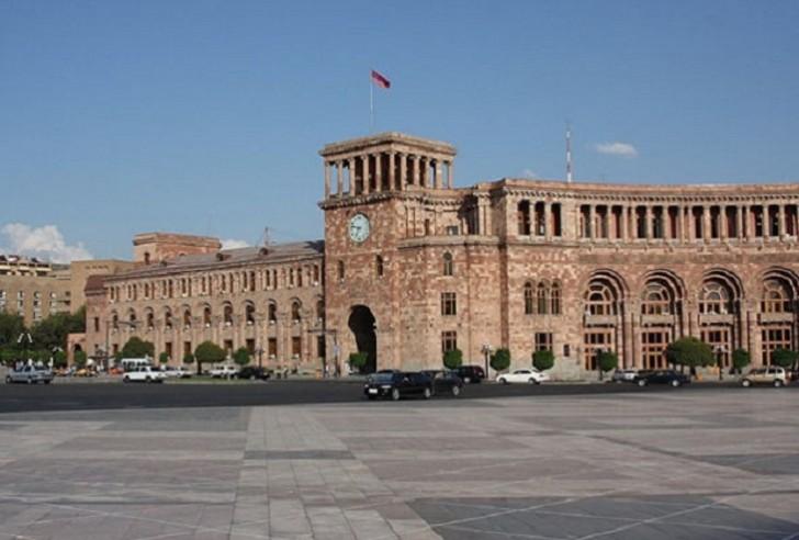 Ermənistanda yeni siyasi böhran yetişir-