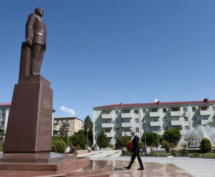 İlham Əliyev Naxçıvana gedib