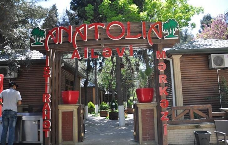 """Bakıda müştəridən qanunsuz pul tələb edən """"Anatolia"""" restoranı-"""