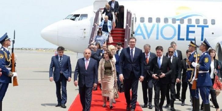 Serbiya prezidenti Bakıya gəldi