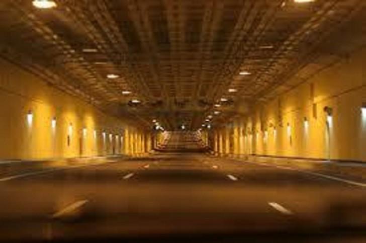 Ukraynanı Avropa ilə birləşdirən tunel açıldı