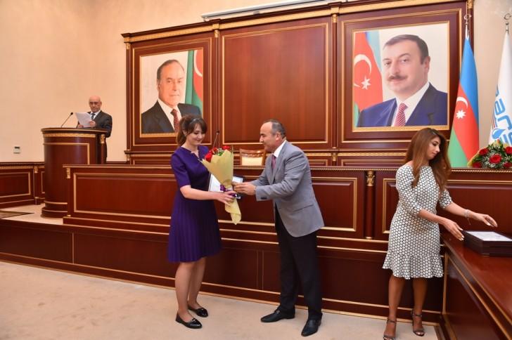 """""""Azərsu""""da medal və fəxri adların təqdim olunması mərasimi keçirilib"""