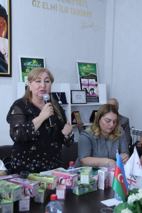 Azərbaycanda bitən dərman bitkiləri haqda kitab dərc edilib