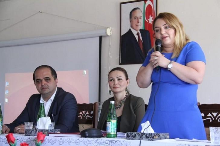 """Qənirə Paşayeva """"Gənclər zərərli vərdişlərə YOX deyir"""" tədbirində çıxış edib"""