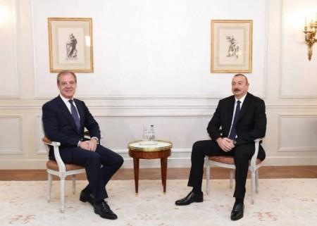 Prezident Parisdə bır sıra görüşlər keçirib-
