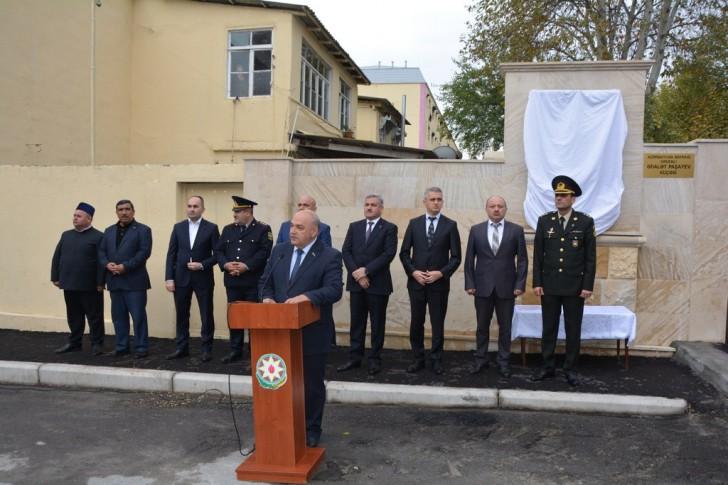 """""""Azərbaycan bayrağı"""" ordenli Ədalət Paşayevin adını daşıyan küçədə onun baralyefinin açılışı oldu"""
