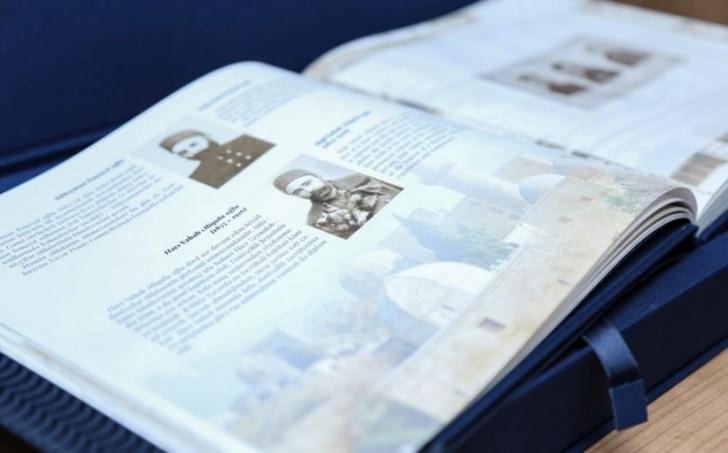 Gəmiçiliyin 160 illik yubileyi ilə əlaqədar markalı kitab nəşr olunub-