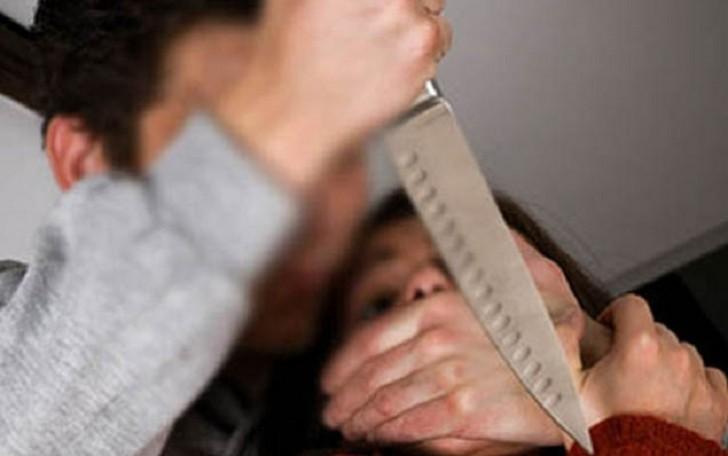 Bakı sakini küçədə sevgilisini öldürdü, özünü isə ölümcül bıçaqladı