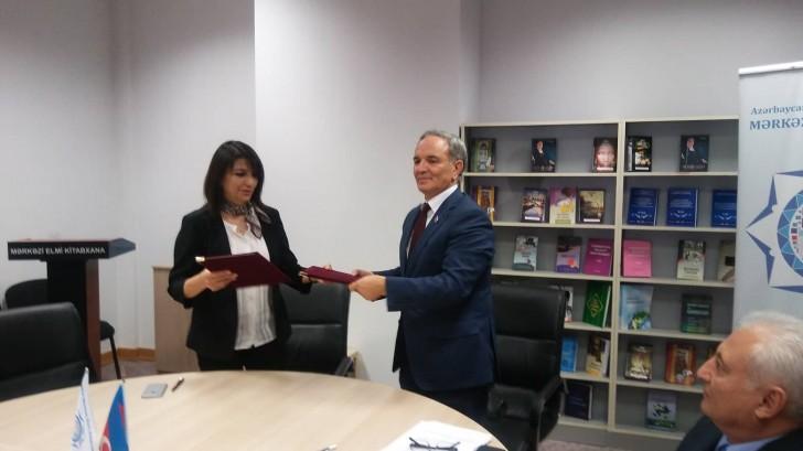 Mətbuat Şurası ilə Mərkəzi Elmi Kitabxana arasında əməkdaşlıq memorandumu imzalanıb