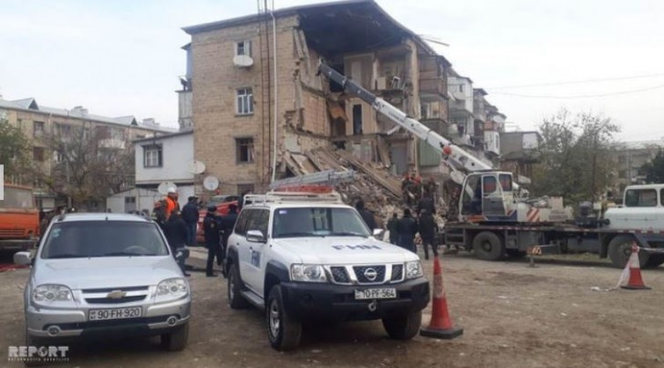 Gəncədə yaşayış binasında partlayış: