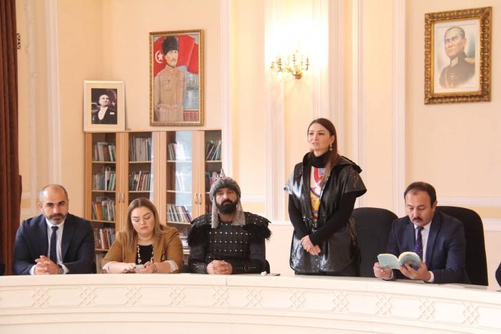 Bakıda Suriya türkmənlərinin tanınmış sənətçisi Adil Şanla görüş keçirilib-